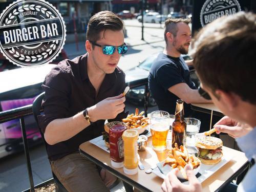 Burger-Bar-Burgers-4-1