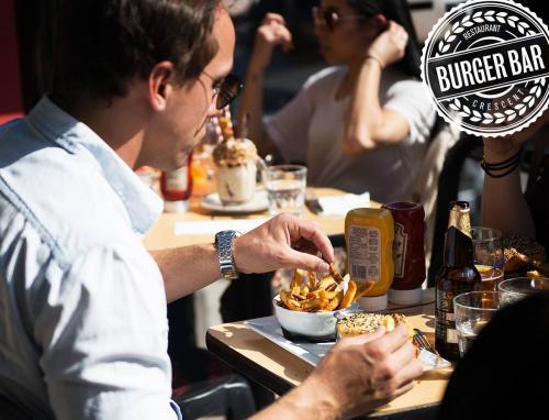 Burger-Bar-Burgers-4