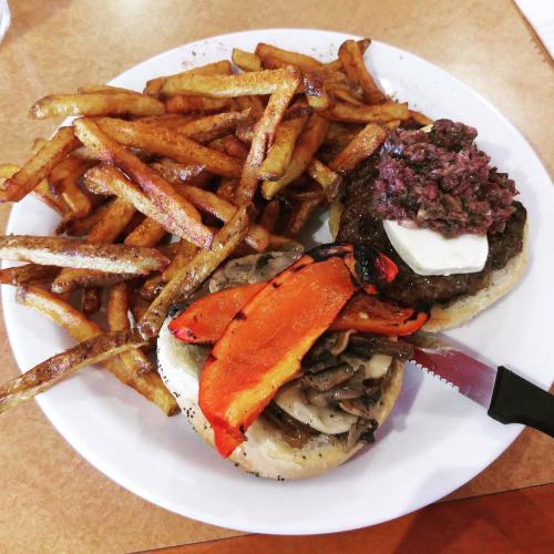 Burger-de-Ville-Meals-3